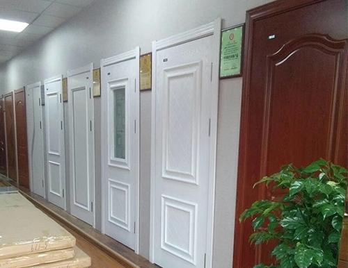 酒店套装门安装
