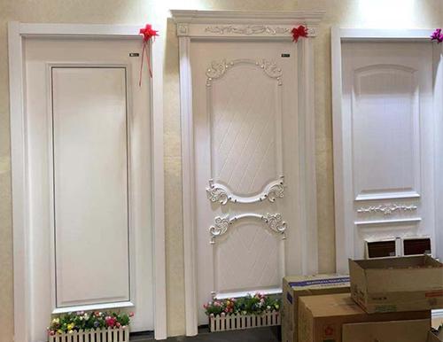 复合套装门安装